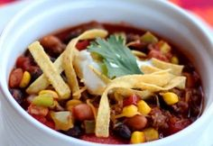 World's best taco soup at iheartnapti.me ! This looks SO good!