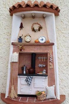 tejas decoradas Tile Crafts, Clay Crafts, Diy And Crafts, Clay Houses, Ceramic Houses, Clay Fairy House, Clay Wall Art, Christmas Gingerbread House, Play Clay