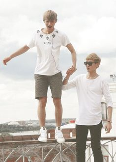 Tao and Kris, to See how happy they were make me sad :'(