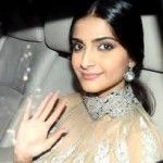 Bollywood Celebrity News - Shah Rukh Khan Going to Romance with Sonam Kapoor 2
