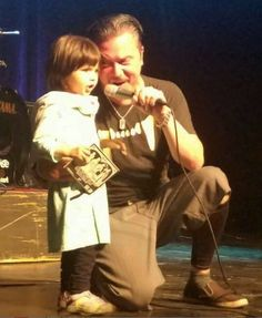 Mike Patton with a lucky little girl awwn.. Dead Cross 2017