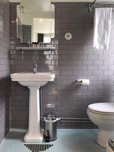fullsizerender-22 Scandinavian Bathroom Sinks, Bathroom Interior, Bathroom Ideas, Amelie, Grey Fireplace, Contemporary Living Room Furniture, Prep Kitchen, Video Wall, Recipe From Scratch