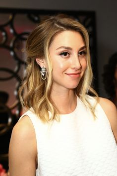 Whitney Port spills some secrets about her upcoming wedding, shares her favorite hair products, as well as her favorite bridal and bridesmaid hairstyles. | DailyMakeover.com
