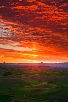 Craziest Sunrise In The Palouse,Oregon.