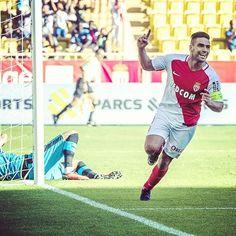 Después de 1 años y 1 mes, Radamel Falcao vuelve a anotar un gol liguero. Lleva 4 partidos oficiales esta temporada. 3 goles y 1 asistencia. VAMOS TIGRE. #Falcao #Radamel #RadamelFalcao  #Juezcentral