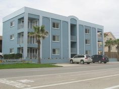 $75 2 Bedroom Condo/Apartment in South Padre Island - 8 reviews and 28 photos-- walk to beach