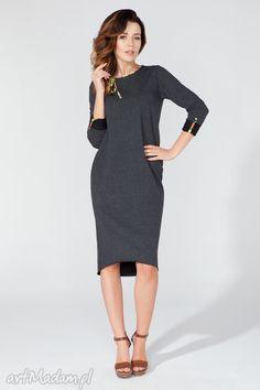 Sukienka midi z ozdobną lamówką i troczkiem T106 kolor ciemnoszary - TESSITA. $42