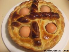 Portuguese Kitchen: Happy Easter - Folar de Pascoa (Sweet Easter Bread). The New England states, and Massachusetts in particular, has many Portuguese communities with a rich heritage of wonderful recipes. This is a personal favorite at Easter.