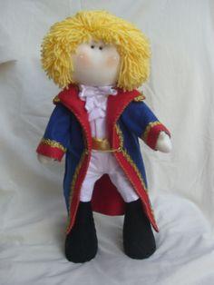 """Boneca Russa """" Pequeno Príncipe"""" confeccionado em tecido 100% algodão e casaco em feltro Santa Fé"""