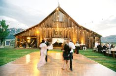 barn + outdoor dance floor = LOVE