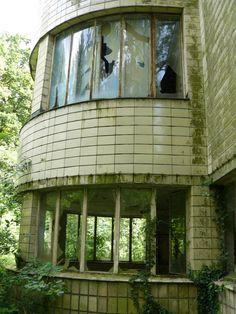 Sanitarium Joseph Lemaire. Located in Tombeek, Brabant, Belgium. Built in 1936, closed in 1987.