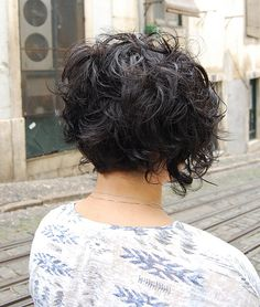 love the back of this hair cut