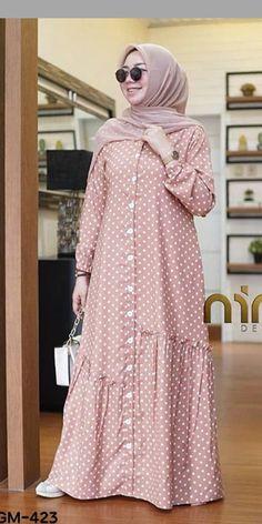 Hijab Fashion Summer, Pakistani Fashion Party Wear, Modern Hijab Fashion, Frock Fashion, Modesty Fashion, Abaya Fashion, Women's Fashion Dresses, Muslim Women Fashion, Islamic Fashion