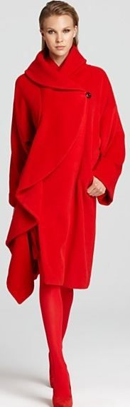 Red Statement Coat - take my breath away - The sexy lady in red - #Thejewelryhut