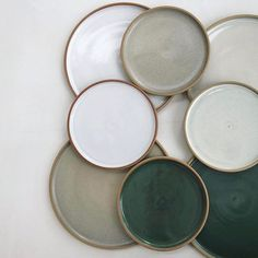 Ceramic speckle dinner plates - set of 2 - handmade modern pottery Pottery Plates, Ceramic Pottery, Thrown Pottery, Ceramic Tableware, Kitchenware, Assiette Design, Deco Restaurant, Art Installation, Ceramic Artists