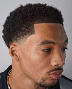 Blowout Haircut: 25+ Modern Blowout Fade and Taper Hairstyles #blowouthaircut #afro #menshair #menshaircutideas #fadehaircut #menshairstyles #menshaircut #menshaircuts Taper Fade Afro, Undercut Fade, Fringe Haircut, Fade Haircut, Thick Curly Hair, Curly Hair Styles, Protective Hairstyles, Easy Hairstyles, Blowout Haircut