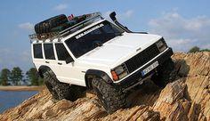 BARRES DE TOIT JEEP CHEROKEE Jeep Xj Mods, Jeep 4x4, Jeep Truck, Jeep Cherokee Accessories, Jeep Accessories, Jeep Grand Cherokee Zj, Cherokee Laredo, Cool Jeeps, Jeep Models