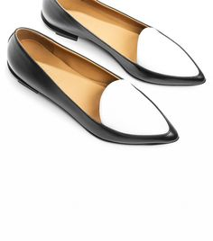 Everlane The Modern Point Loafers Pointed Loafers, Shoes 2015, Shoe Closet, Crazy Shoes, Buy Shoes, White Shoes, Summer Shoes, Fashion Shoes, Shoe Boots