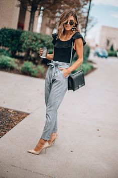 3 Fall Trends on a Budget (Cella Jane) Cella Jane, Dinner Outfits, Fall Trends, Every Woman, Bob Cut, Redheads, Hair Inspiration, Mom Jeans, Short Hair Styles