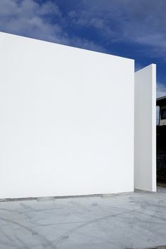 House-T / Tsukano Architect Office #minimalist #white