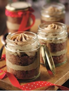 Mulled Wine Jar Cupcakes with Whiskey & Chestnut Frosting