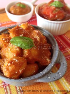 #gnocchi di patate con crema di #peperoni e #melanzane!  #food #foodporn #gialloblogs