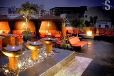 """Nightlife San Diego - Rooftop Lounges in the Gaslamp Quarter  Looking for places to go for the """"Grown & Sexy"""".  Not into the club scene but still like the music and stuff."""