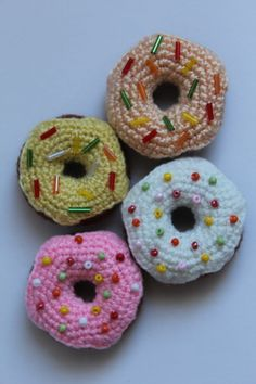 FREE Doughnuts Crochet Pattern and Tutorial