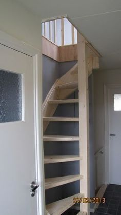 Interior Stairs Modern Loft Ideas For 2019 Tiny House Stairs, Tiny House Loft, Loft Stairs, Tiny House Design, Basement Stairs, Basement Ideas, Home Stairs Design, Interior Stairs, Attic Renovation
