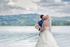 Romantische Hochzeit am See - Hochzeitsfotografie - Traumhochzeit - Wasser - Wedding Inspiration - Brautpaar Fotoshooting - bride and groom - Weddingdress