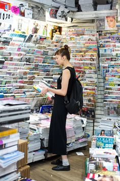 buying an armful of magazines for a long weekend