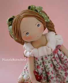 Facebook: PiccoleBambole - primavera -  Fantasia - fiori- porcellana fredda - porcelana fria
