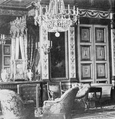 The Empress's apartments in the Tuilleries Palais Des Tuileries, Saint Cloud, Empire Design, French Royalty, Old Paris, Historic Houses, Second Empire, The Empress, French Interior