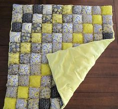 Here is the puffy quilt I was talking to you about. It's called a biscuit quilt.