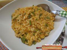Risotto asparagi gorgonzola , appetitoso e sfizioso, ma veloce e facile da preparare. Un risotto con pochi ingredienti questo risotto asparagi e gorgonzola