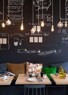 Déco cuisine bistrot : 12 idées déco - Côté Maison Un projet incroyable. #design #projetdeluxe #décoration http://magasinsdeco.fr/delightfull-dans-projet-luxe/