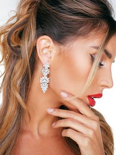 Romantic Dinners, Diamond Earrings, Jewelry, Neck Chain, Wristlets, Jewlery, Jewerly, Schmuck, Jewels