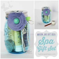 DIY Spa Kit - A Mason Jar Gift Idea for the Holidays - Smart Fun DIY. Create a DIY Spa Kit using a mason jar with this fun new take on mason jar gift ideas. Pratical, pretty, thoughtful gift for the Christmas holiday season. Mason Jar Gifts, Mason Jar Diy, Diy Christmas Gifts For Kids, Christmas Holiday, Christmas Ideas, Christmas Presents, Diy Spa, Spa Gifts, Dollar Store Crafts