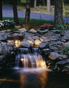 Japanese Ponds Designs Waterfall   Does your pond or water garden look like this?