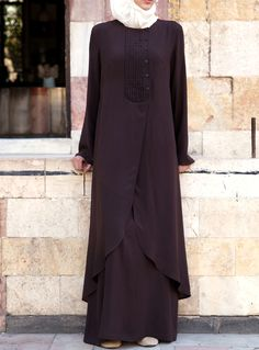 SHUKR's long dresses and abayas are the ultimate in Islamic fashion. Muslim Dress, Hijab Dress, Hijab Outfit, Hijab Style, Hijab Chic, Abaya Fashion, Modest Fashion, Fashion Outfits, Habits Musulmans