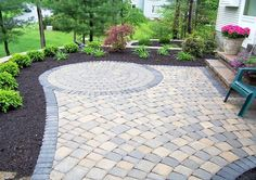beautiful concrete patio with circle