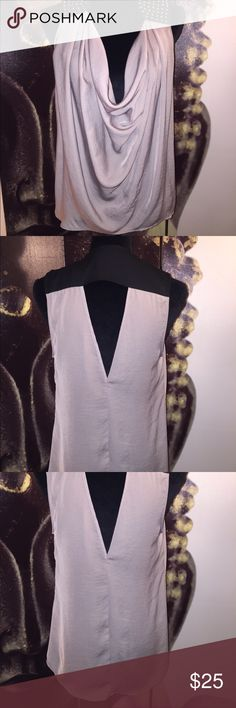 Loose blouse Great condition. Runs big. Arden B Tops Blouses