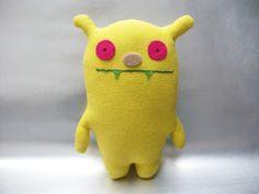 Kuschelmonster Gelbes Mädchen von polly plüsch auf DaWanda.com