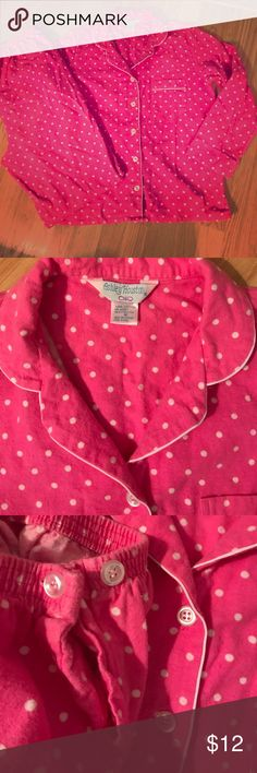 Polka Dot Pajamas🌛 Very cute pink and white polkadot pajamas in excellent condition the size says 36 but I would compare to a medium or a small 100% cotton and very comfortable ashley houston Intimates & Sleepwear Pajamas