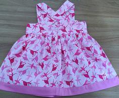 Vestido infantil com 2 lacos na frente e barra de tecido rosa    Tecido 100% algodao    Tamanho 1 ano/ 2 ano/ 3 anos