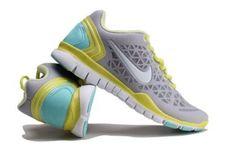 Women's Nike Free TR
