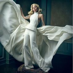 Lady Gaga is a vision in Vanity Fair's post-Oscars photobooth. (But of course we're crazy for the wall color.)! #paint #vanityfair #markseliger #interiorinspo #oscars #ladygaga Photo by @markseliger
