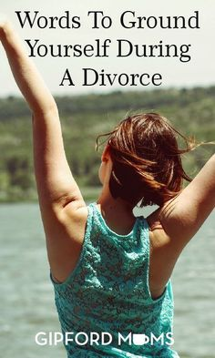 Going through a divorce can leave you angry, in grief and filled with mixed emotions. In other words, it can be a time of intense stress. During this period you may feel like your life is falling apart. However, the end of marriage Step Parenting, Parenting Books, Parenting Advice, Back Pain Remedies, Natural Sleep Remedies, Easy Divorce, Parallel Parenting, Natural Sleeping Pills, Couple Questions