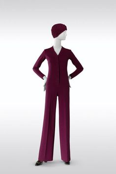 Yves Saint Laurent, Jumpsuit, haute couture collection, Fall-Winter 1969. Bordeaux wool jersey. © Fondation Pierre Bergé-Yves Saint Laurent, Paris
