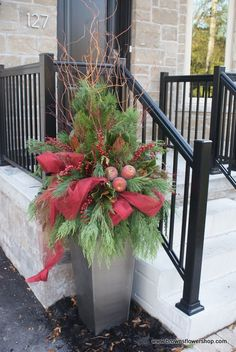 Beautiful fresh Christmas arrangement.